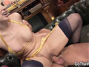 dark haired wifey Karia Kare enjoying strangers manhood
