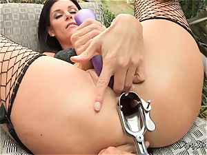 India Summers twat and caboose opened up and toyed with by muddy Dana