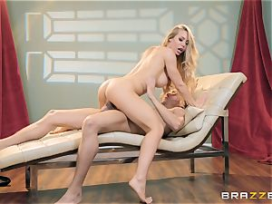 Art class with Nicole Aniston