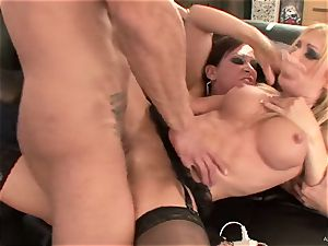 crazy Tory Lane gives Amy Brooke a dual dipping