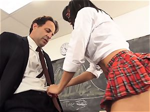 ultra-kinky student Luna star entices her teacher