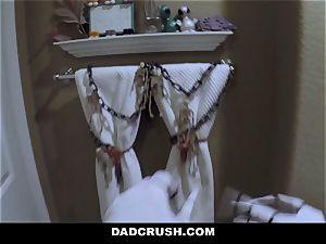DadCrush - torrid teenage tempts And pulverizes step-dad