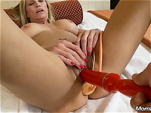 sizzling granny gets anal invasion fuck-fest and messy spunk