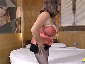 LatinChili Fatty granny Brenda playing