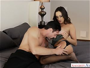 Married Ashley Adams hankers trunk deep in her snatch