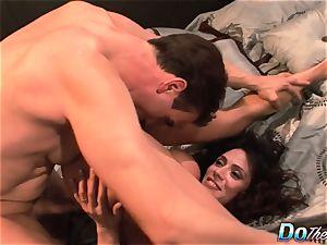 cheating wifey Ariella Ferrara penetrate stud
