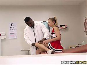 teenage Sydney Cole screws A ebony stiffy In polyclinic