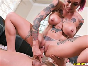 Anna Bell Peaks enters your living apartment for jism