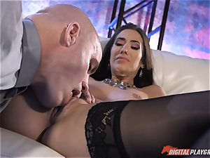 nutting for naughty Eva Lovia after being rammed plums deep