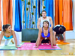 rock-hard exercise for Abella Danger and Cassidy Banks