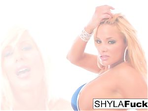 Shyla Stylez has fuck-fest With Puma Swede