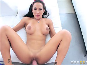 Amia Miley banged in her cock-squeezing veejay