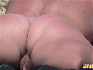inexperienced naturist hidden cam yam-sized cougar Close-Up movie