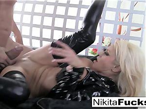 busty Nikita drills a ample penis