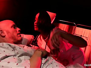 Nurse skin Diamond gets an rectal penetrate from her patient