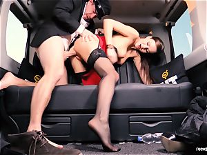 boinked IN TRAFFIC - brit Tina Kay pounded in the car