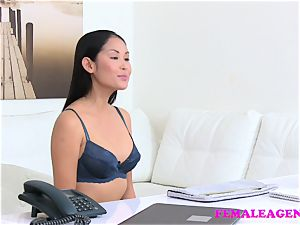 damsel Agent gorgeous japanese model eats and tastes vulva