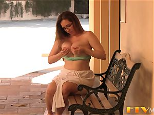 all-natural milf in glasses