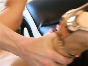Lana Rhoades slides that stiff pecker into her hot minge