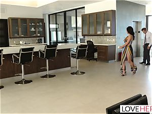 LoveHerFeet - Sneaky cheating foot hook-up With The Realtor