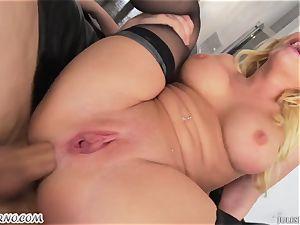German starlet Kagney Linn Karter - gonzo threesome