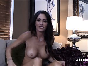 Jessica Jaymes taunts on her cam