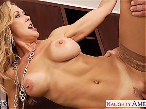 milf intercourse tutor Brandi enjoy pulverizing a hefty cock