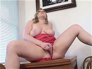 big-chested wife Vicky Vixen playthings labia