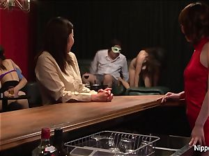 japanese cougar at the fuckfest club gets fingered