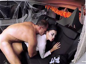 FuckedInTraffic - Jasmine Jae nails in Halloween garment